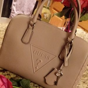 Guess Bags - NWT Guess Baldwin Park Handbag